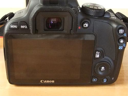 Canon EOS Kiss X7 背面