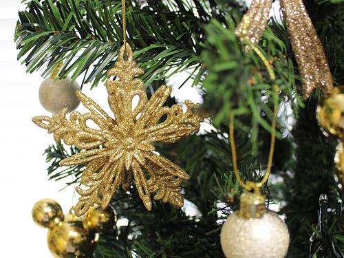 エレガンスゴールドのクリスマスツリー 雪の結晶オーナメント