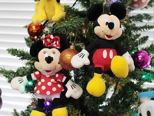 ミッキーフレンズクリスマスツリー ミッキーとミニーのぬいぐるみ