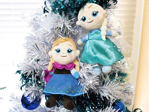 アナと雪の女王 クリスマスツリー アナとエルサのぬいぐるみ