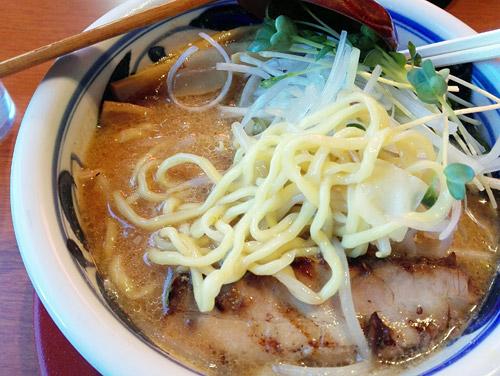 『満開屋 芝東店(川口伊刈)』 麺