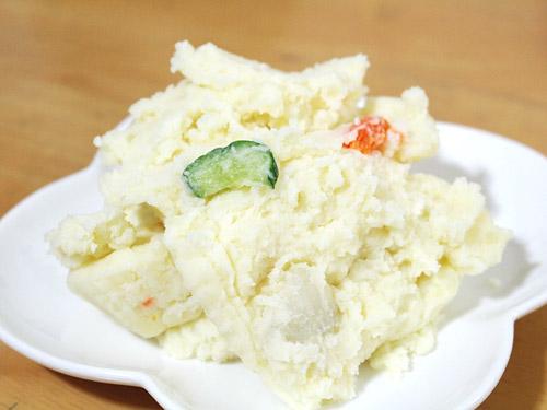 蕨『肉の青木』 ポテトサラダ