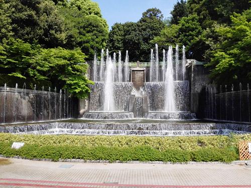 川口市立グリーンセンター 滝・噴水